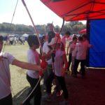 alunni impegnati nel tiro con l'arco